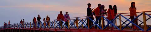 Hasil gambar untuk wisata pantai tiram
