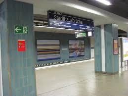 Stazione di Stadthausbrücke