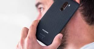 "Video: ""Mổ bụng"" smartphone rẻ nhất sở hữu Snapdragon 845 ..."