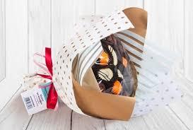 <b>Букеты</b> и корзины из конфет ручной работы. Chocolate.com.ru ...