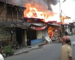 Hasil gambar untuk rumah warga kebakaran
