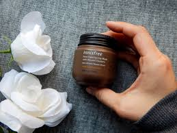 <b>innisfree pore clearing clay</b> mask with volcanic clusters review