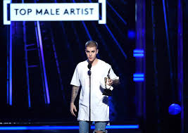 is justin bieber done award shows vanity fair