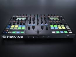 <b>Native Instruments TRAKTOR</b> KONTROL S8 – будущее диджеинга ...