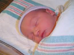 صور أطفال حديثي الولادة images?q=tbn:ANd9GcS
