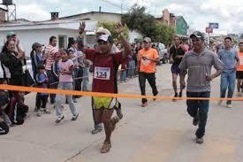 Resultado de imagen para olimpiadas de los tarahumaras