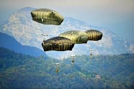 u s department of defense photo essay 24 u s army paratroopers descend at juliet drop zone near pordenone sept