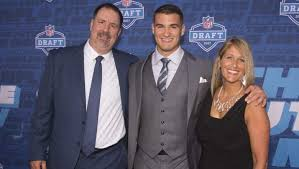 Mitch Trubisky Family: 5 Fast Facts You Need to Know | Heavy.com
