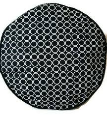 ROUND <b>POUFFE BLACK</b> AND WHITE <b>FOOTSTOOL</b> FLOOR ...