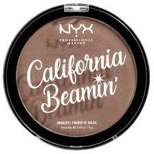 <b>NYX Бронзирующая</b> пудра California Beamin' Face & Body Bronzer