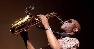 Actualités | Coronavirus : le légendaire saxophoniste Manu Dibango ...