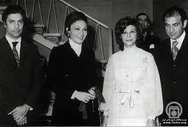 هما زاهدی در سی سال اخیر در سوئیس زیسته بود. شوهرش داریوش همایون بنیاندگذار روزنامه آیندگان بود که در در بهمن ۱۳۸۹ در ژنو سوئیس درگذشت. homa zahedi2 - homa-zahedi2