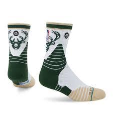Bucks Logo Qtr - Mens NBA On Court Socks | <b>Stance</b>