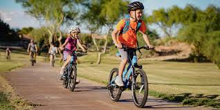How to Choose <b>Kids</b>' <b>Bikes</b> | REI Co-op