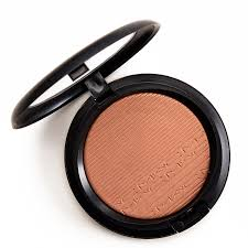 <b>MAC Glow With It</b> Extra Dimension Skinfinish Review & Swatches