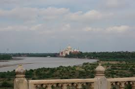 taj mahal the worlds most iconic symbol of love ew of taj mahal from agra fort