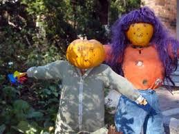 pumpkin scare crows