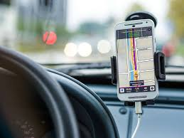 The 8 Best Cell <b>Phone Holders for Car</b> in 2020 - ESR Blog
