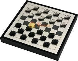 Подарочные <b>наборы шашек</b> и шахмат с тематическими ...