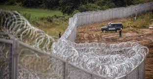 Risultati immagini per Ungheria caccia gli immigrati