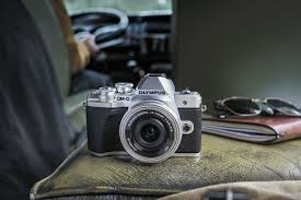 <b>Olympus</b> OM-D <b>E</b>-<b>M10</b> Mark III: Your ideal travel companion ...