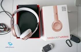 Mobile-review.com Обзор Bluetooth-гарнитуры <b>Beats Solo 3 Wireless</b>