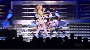Gwen Stefani - Harajuku Girls - <b>Harajuku Lovers</b> Live HD - YouTube