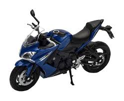 Купить <b>модель мотоцикла Welly</b> 12844P <b>1:18</b> Suzuki GSX S1000F ...