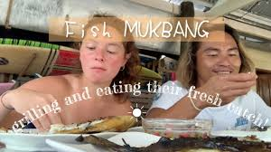 Grilling Our Friends' <b>Fresh Catch</b> + <b>Fish</b> Mukbang | Happy Islanders ...