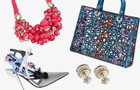 Новая коллекция аксессуаров <b>Dior</b> поступила в продажу | Global ...