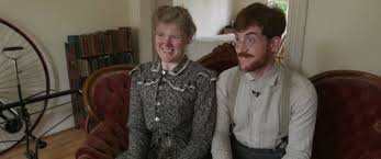 meet the washington couple who lives like they re in the victorian every single day for the past six years sarah and gabriel chrisman have tried to