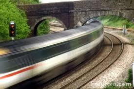 """Képtalálat a következőre: """"train london picture"""""""