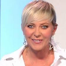 Ad un giorno dalle polemiche sul premio Ceravolo, Sabrina Gandolfi dice la sua - b3848bd0494bfcfbd60e92d7bbe84dde-35426-55a9967190a081df3be276fd43b6fd74