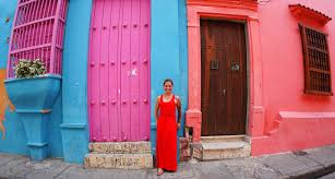 cartagena a photo essay have curiosity will travel pink and blue building