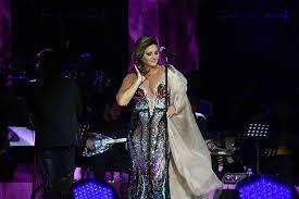Sibel Can Açıkhava'da konser verdi