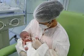 Resultado de imagem para imagem enfermeira neonatal