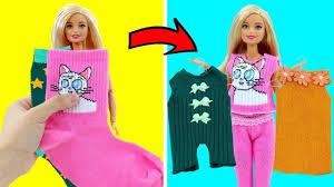 DIY - Изготовление <b>одежды для куклы</b> Барби из старых носков ...