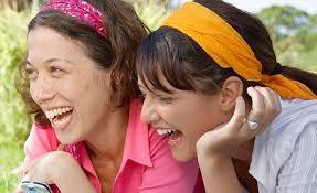 Izrādās, ka smiekli ražo enerģiju, kas arī palīdz nomest svaru. Smieklīgi ? Lieliski: 10-15 minūtes ikdienas smiešanas sadedzinās 10 līdz 50 kaloriju. - content_laugh