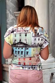 <b>T</b>-<b>shirt</b> - Wikipedia