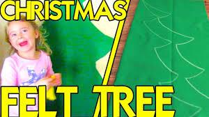 <b>FELT CHRISTMAS TREE</b> - YouTube