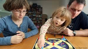 Лучшие <b>настольные игры</b> из Германии для всей семьи | Культура ...