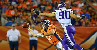 Broncos' head coach Vance Joseph: Paxton Lynch 'upset' over ...