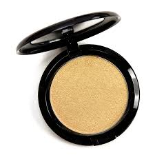 <b>MAC Dazzlegold Dazzle</b> Highlighter Review & Swatches