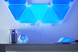 <b>Nanoleaf Remote</b> review: The smartest d12 on the block | TechHive