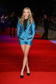 1000 images about Amanda Seyfried on Pinterest Amanda seyfried. Amanda Seyfried In Time UK Premiere Photo Amanda Seyfried shows off her legs for days at the UK premiere of her new movie In Time at the Curzon.