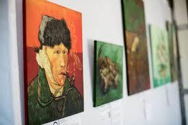 "Выставка ""<b>Неизвестный Ван Гог</b>"" в Минске"