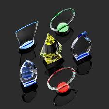 <b>Награда Neon Emerald</b>
