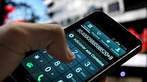 Resultado de imagem para Crise chega à telefonia móvel e operadoras recorrem a promoções
