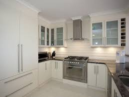 small u shaped kitchen design:  small u shaped kitchen design