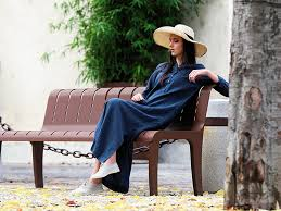 Benefits of Wearing <b>Linen Summer</b> Clothes | LinenMe News
